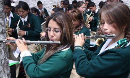 De escuela profesional de señoritas a instituto superior de música.