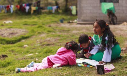 165 mil estudiantes se quedaría sin educación