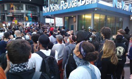 Rebelión masiva en EEUU contra policías asesinos