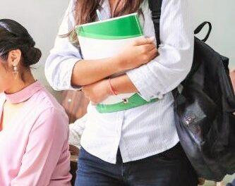 Profesores contagiados, tras asistir a convocatoria del Ministerio de Educación