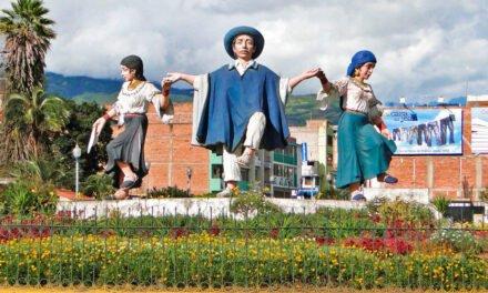OTAVALO: CIUDAD BOLIVARIANA