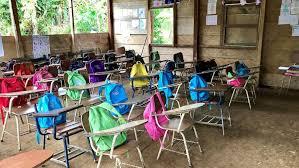 Las barbaridades del correismo en la educación.