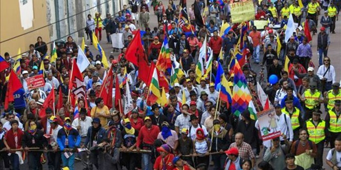 ¡El Primero de Mayo, levantemos en todo el mundo nuestra lucha por empleo seguro, pan y libertad!